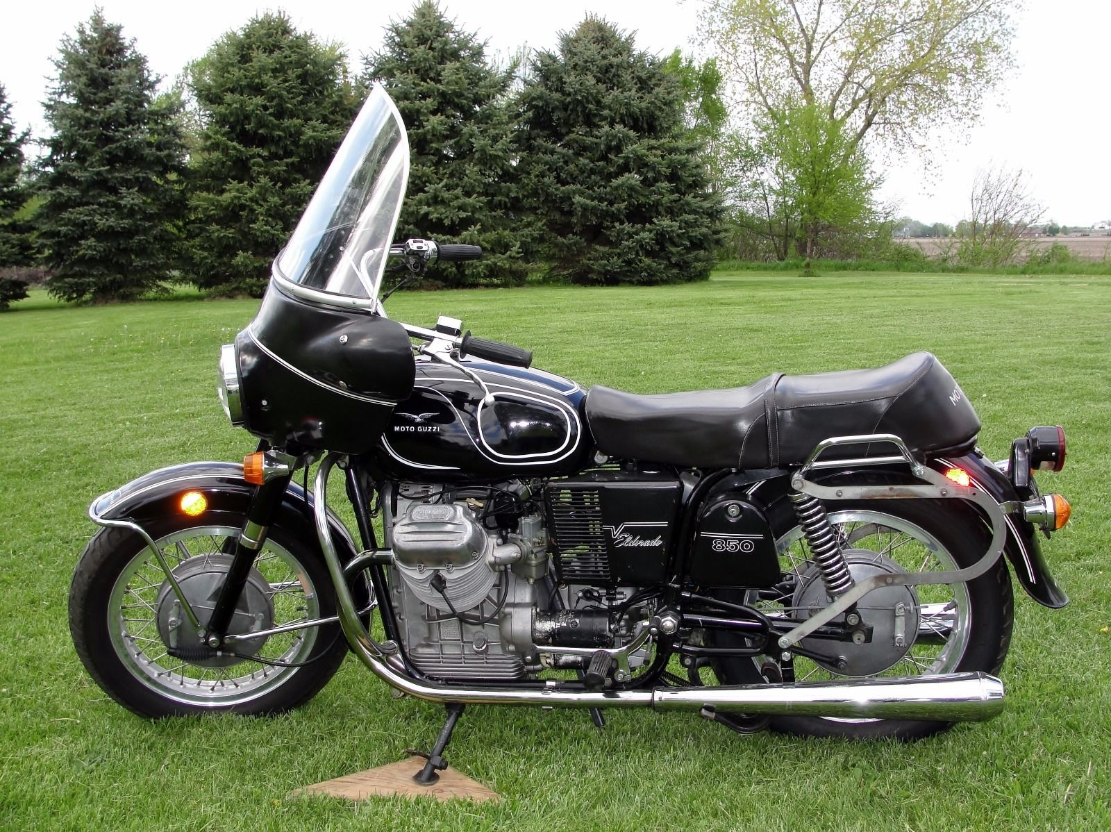 27 years in storage: 1973 moto guzzi 850 eldorado