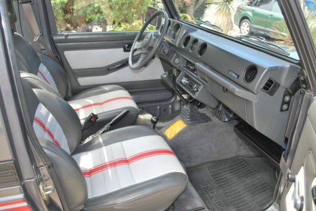 070616 Barn Finds - 1987 Suzuki Samurai JX SE - 4