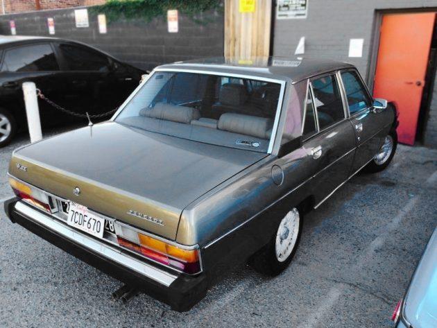 071116 Barn Finds - 1975 Peugeot 604 -3
