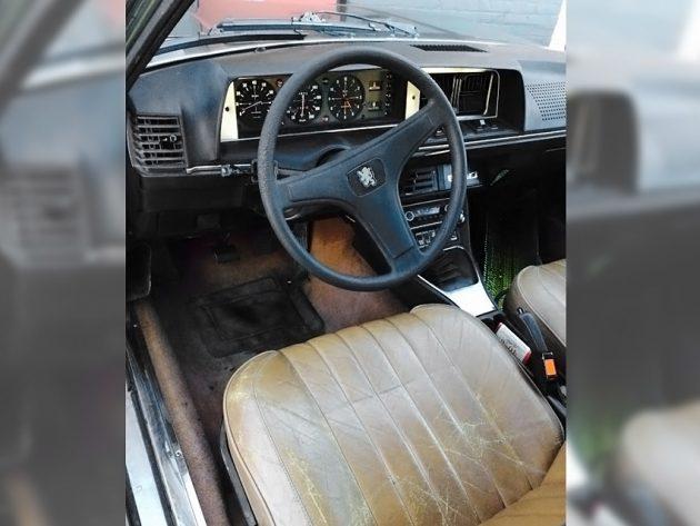 071116 Barn Finds - 1975 Peugeot 604 -4