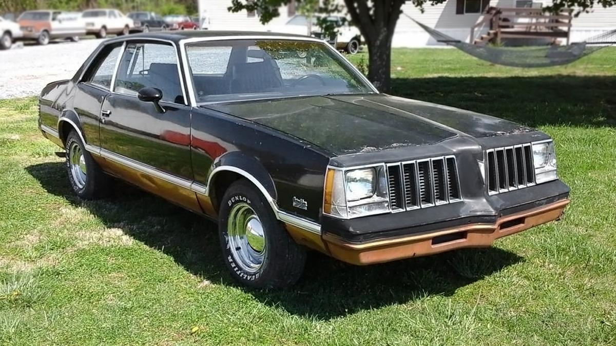 Factory Hurst 4-Speed: 1979 Pontiac Grand Am