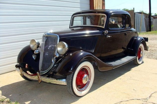 1934 Ford Deluxe Cleaned Up