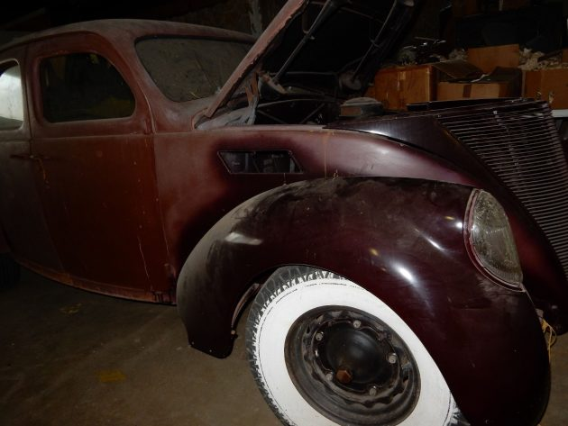 1937 Lincoln Zephyr V12