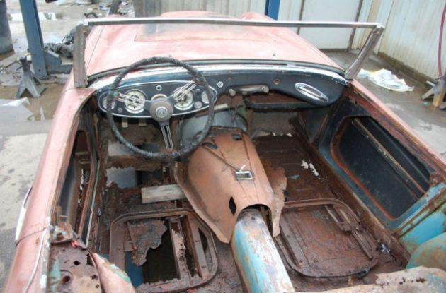 1959 Austin Healey 100-6 Interior