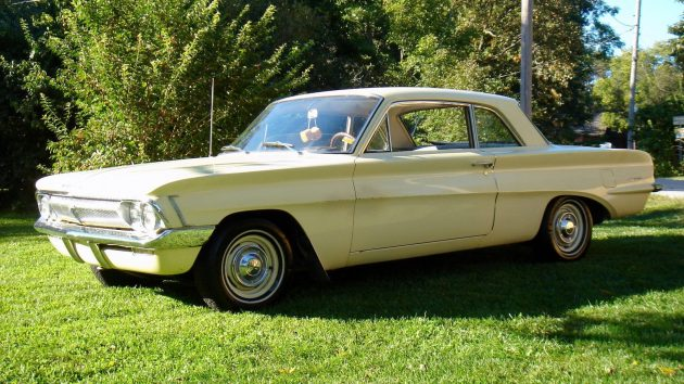 Old Lady Owned: 1962 Oldsmobile F85