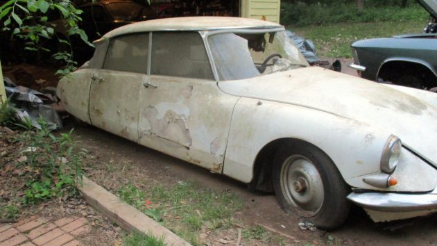 Low And Slow: 1964 Citroën DS19
