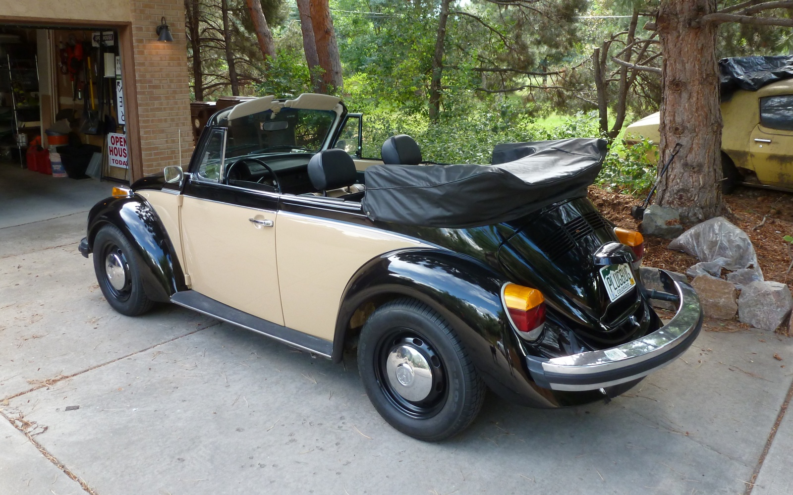 bf exclusive electric 1978 vw beetle convertible. Black Bedroom Furniture Sets. Home Design Ideas