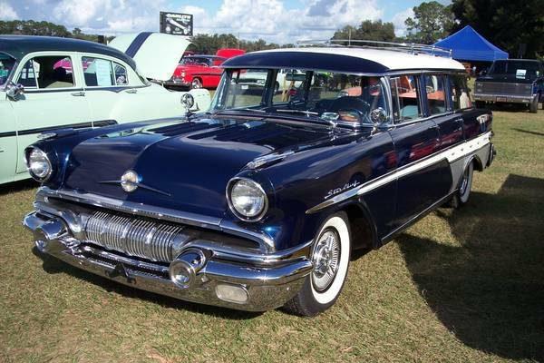 Family Hauler: 1957 Pontiac Safari Transcontinental