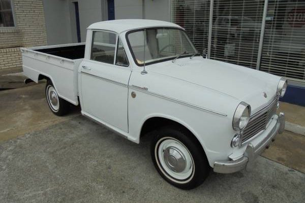 One Owner: 1963 Datsun 320 Pickup