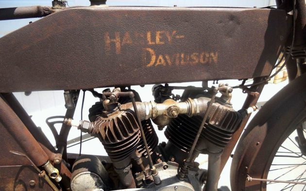 Harley-Davidson lettering