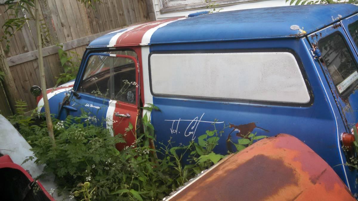 f0701d3dc3 Field Find  1963 Austin Mini Van
