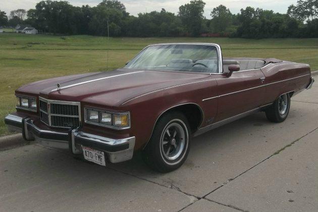 Ain't She Grand! 1975 Pontiac Grand Ville