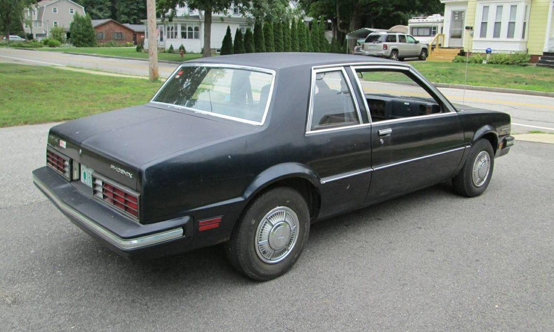 Old Lady's Car: 29,000 Mile Pontiac Phoenix