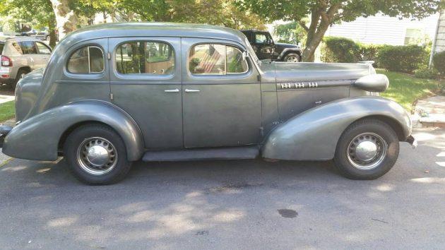 Original Olds: 1936 Series F Sedan