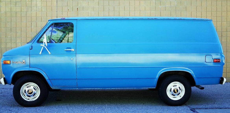 Old Chevy Trucks >> Survivor Workhorse: 1978 Chevy C10 Van