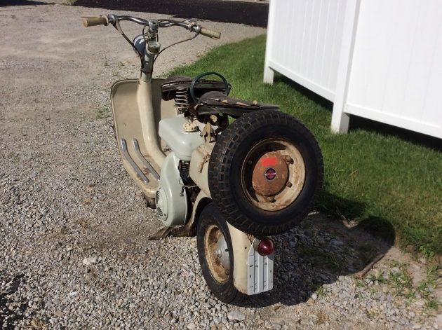 082816 Barn Finds - 1956 Lambretta 150 D - 3