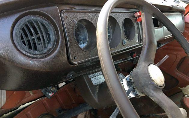 083116 Barn Finds - 1978 VW Van - 4