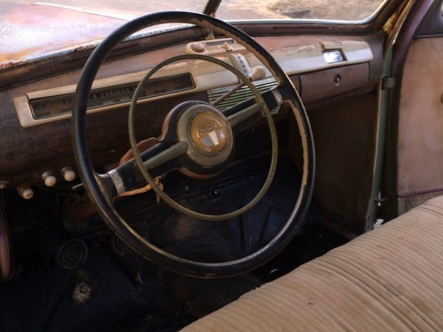 1941 Ford Super Deluxe Interior