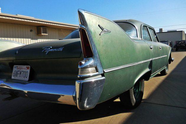 1960 Plymouth Savoy Fin