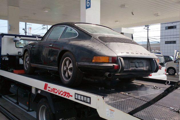 1973 Porsche 911S On Truck
