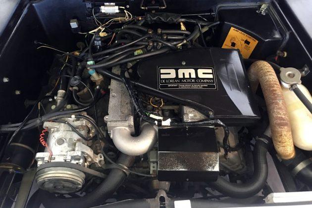 1982 DeLorean DMC-12 Engine