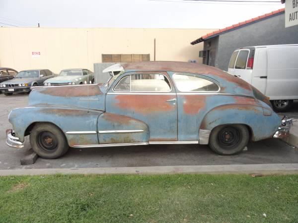Streamlined Pontiac: 1948 Pontiac Silver Streak