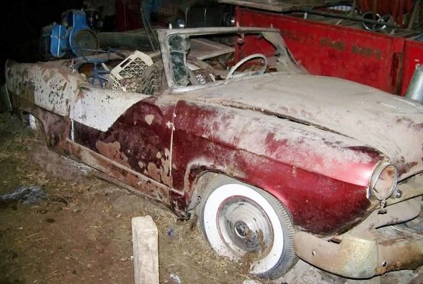 Rotting And Restyling: 1952 Henry J Convertible