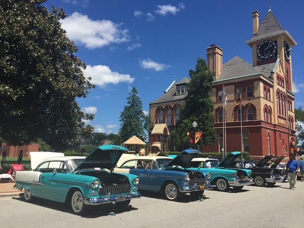 Barn Finds: AACA Car Show in New Bern, NC.