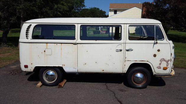 On The Bus: 1970 VW Kombi Transporter
