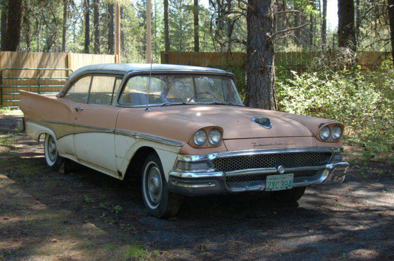We Love Ford's, Past, Present And Future : 1958 Ford Fairlane