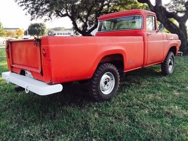 092816-barn-finds-1959-ford-f-100-4x4-diesel-3
