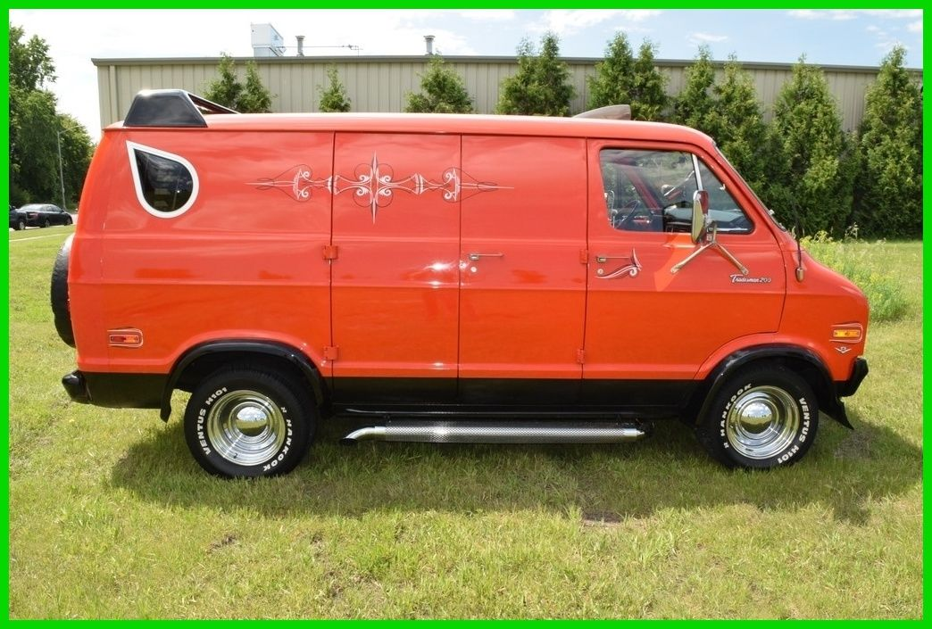 Dodge Cargo Vans For Sale >> Shag Wagon: 1976 Dodge Tradesman Van