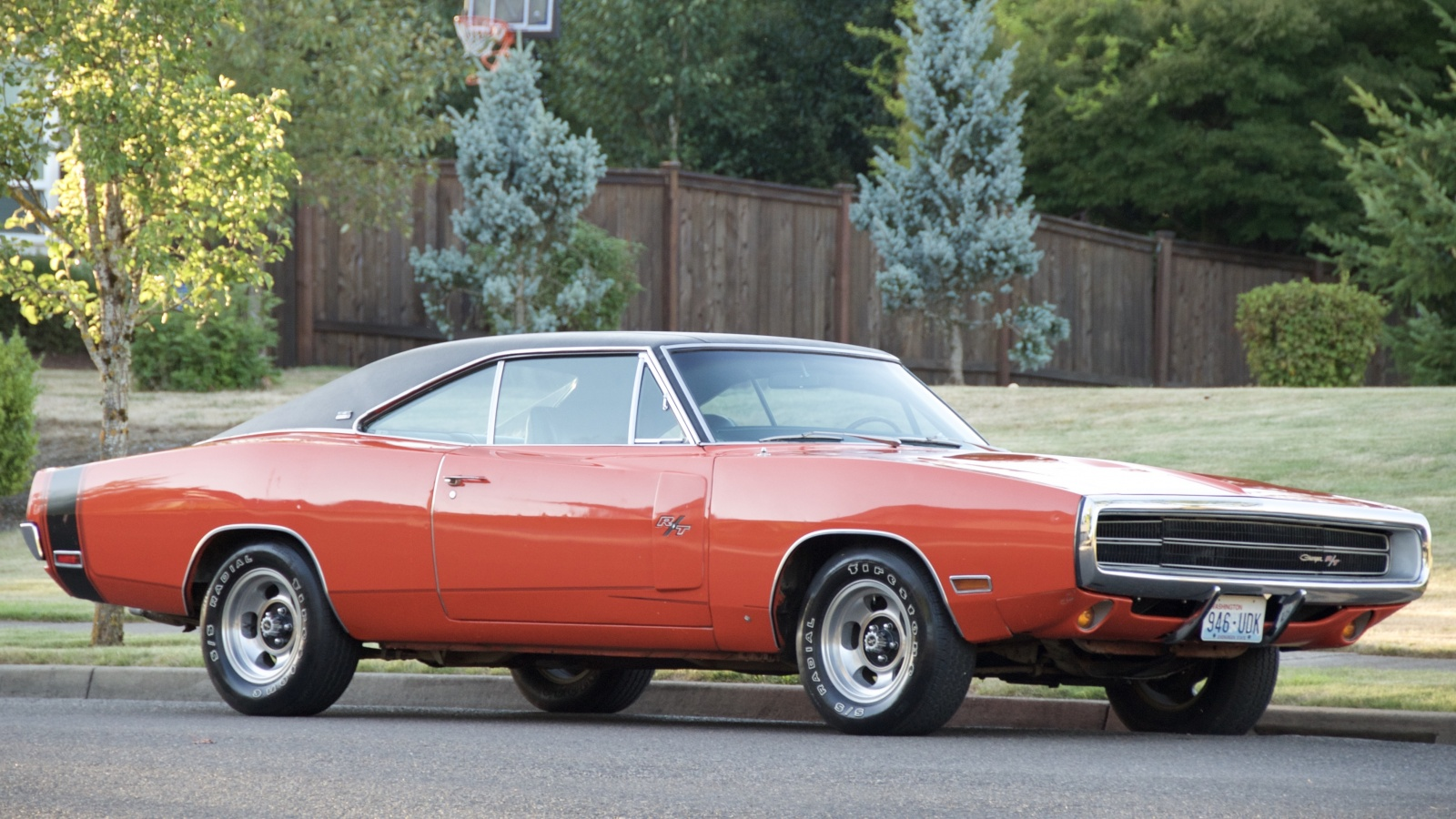 amazing survivor: 1970 dodge charger r/t