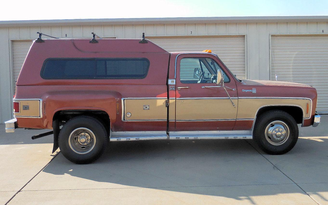 Big Dooley 1978 Chevrolet C30 Camper Special
