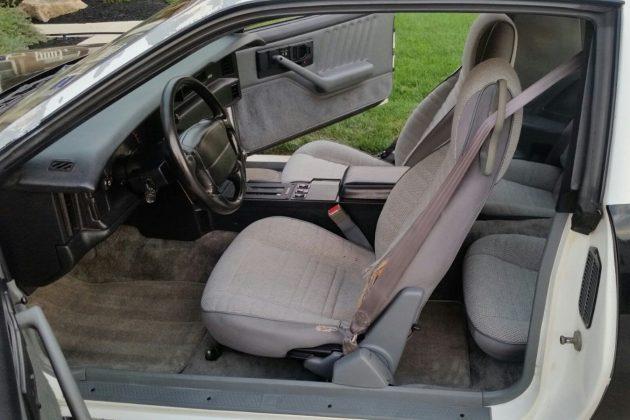 1991-camaro-b4c-interior