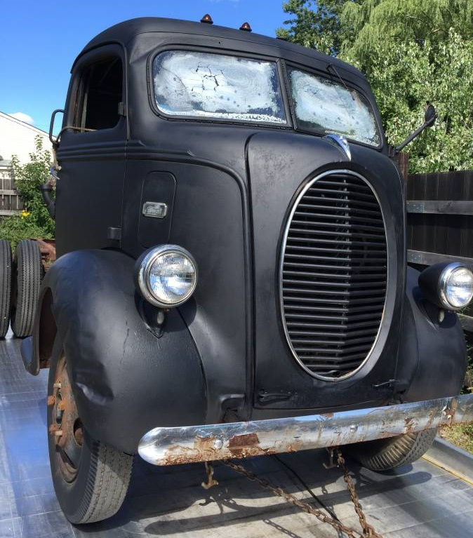 Oval Goodness 1939 Ford Coe Truck