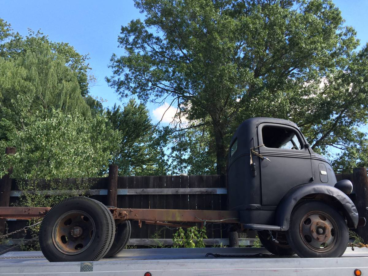 Oval Goodness: 1939 Ford COE Truck