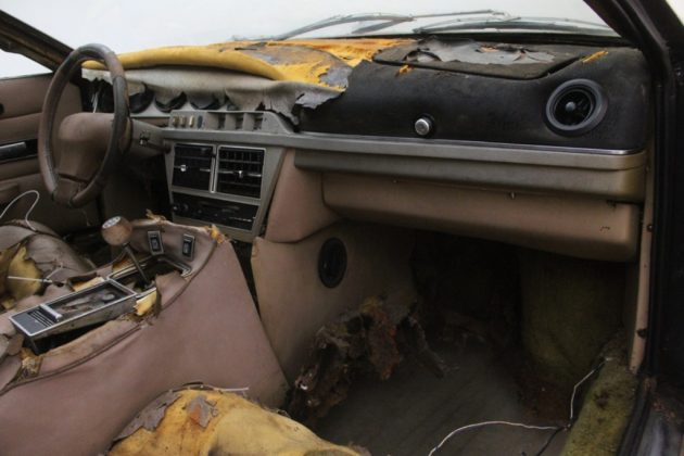 Barn Find With Mud  1987 Maserati Biturbo Spyder