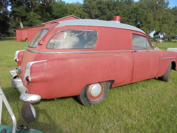 Affordable Service Vehicle: 1953 Packard Henney Junior