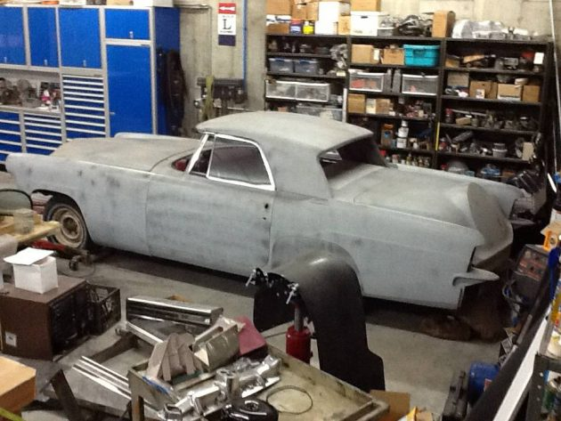 Vertically Chopped: 1956 Lincoln Continental Shorty