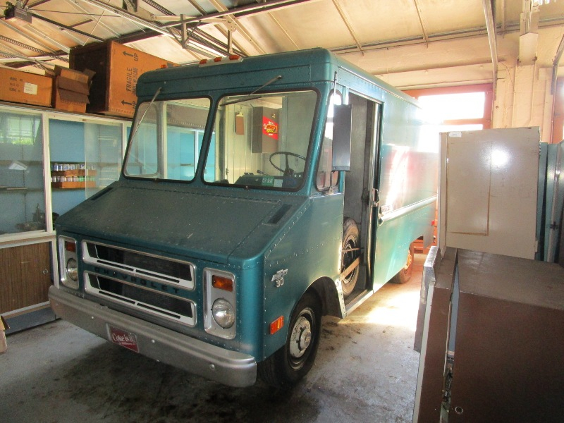Step Van That Time Forgot  1973 Chevy P30