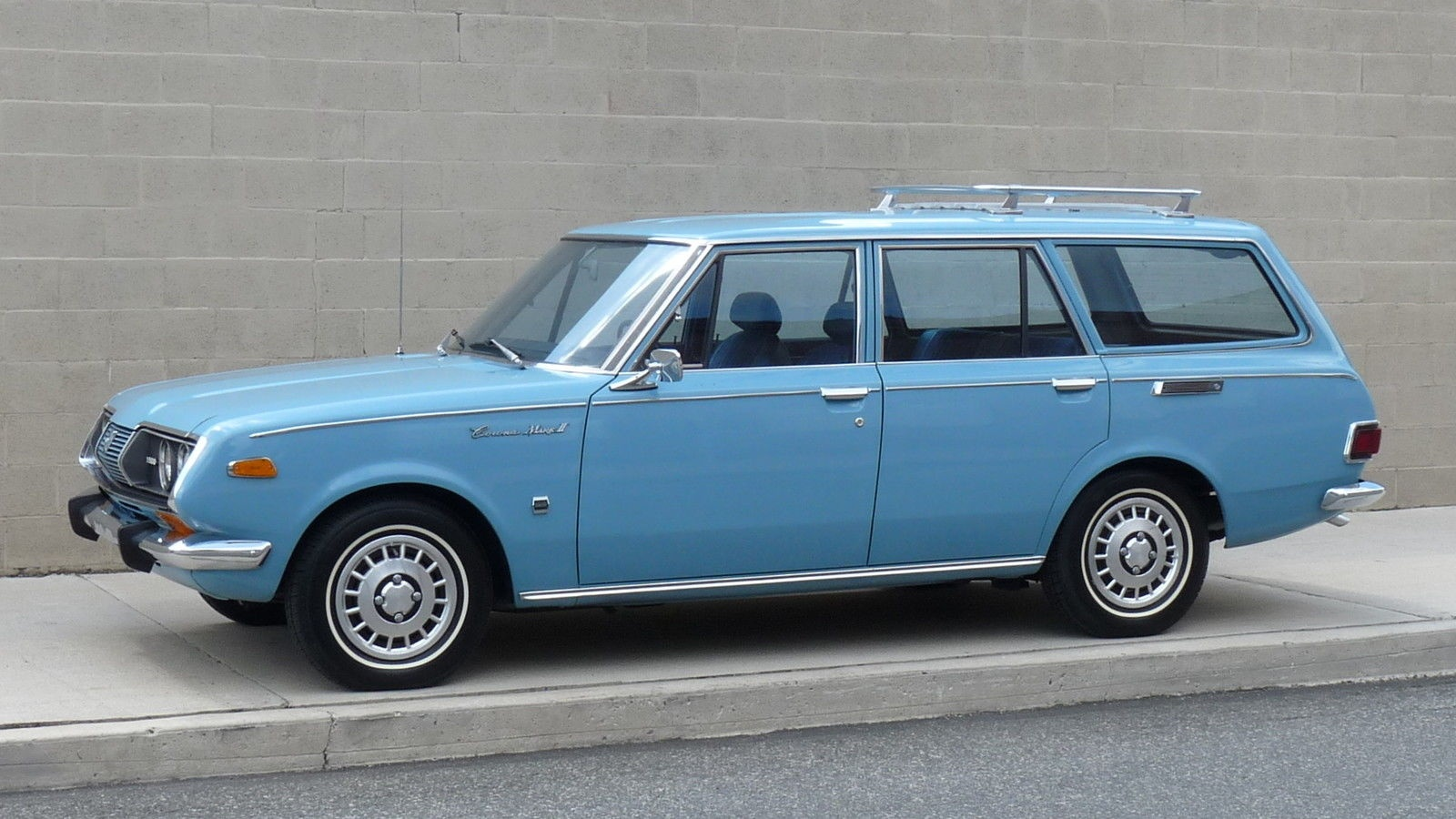 13 392 miles 1971 toyota corona mk ii wagon. Black Bedroom Furniture Sets. Home Design Ideas