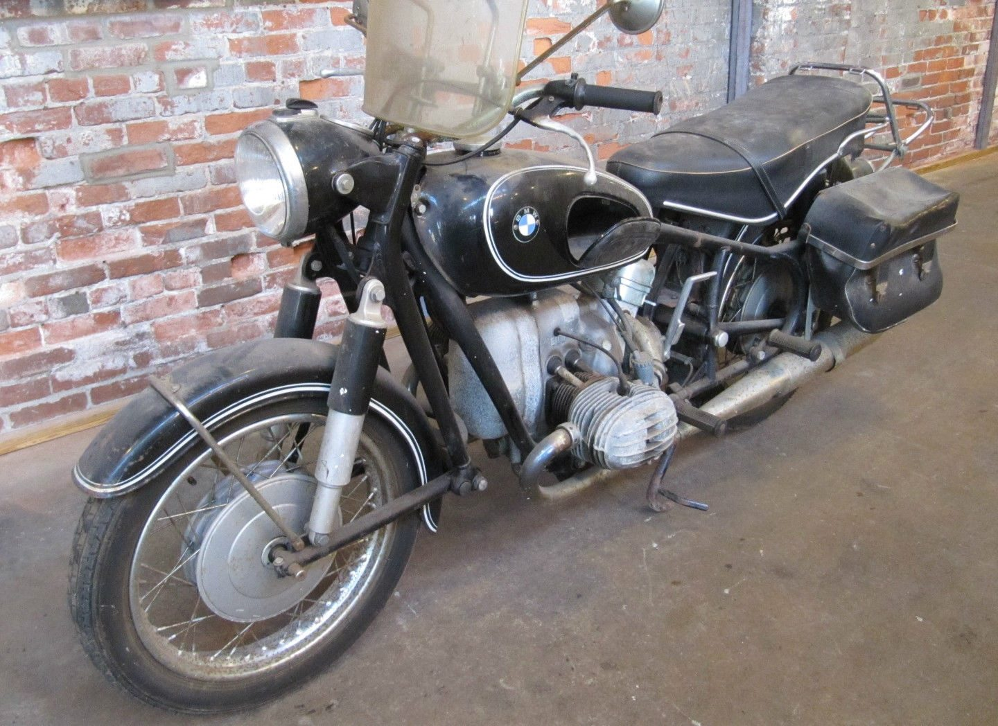 38 years stored 1967 bmw r50 2. Black Bedroom Furniture Sets. Home Design Ideas