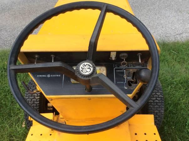 100316-barn-finds-1970s-elec-trak-e12-4