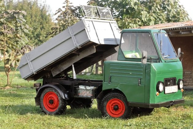101516-barn-finds-1968-multicar-m22-2
