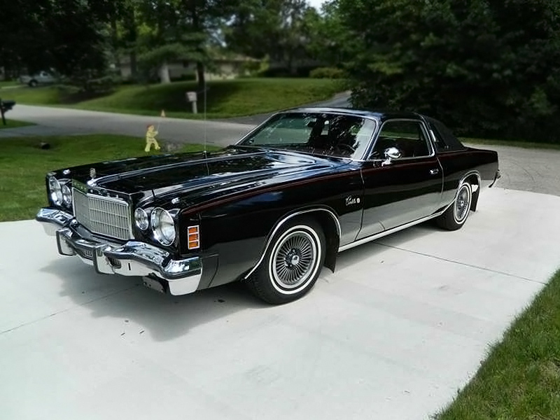 5 000 Black Beauty 1975 Chrysler Cordoba