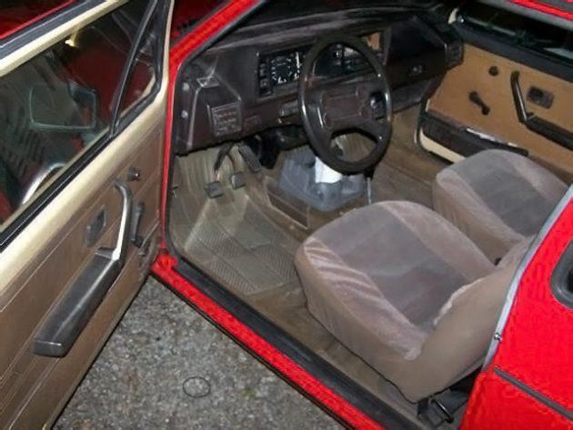 102116-barn-finds-1982-volkswagen-jetta-4