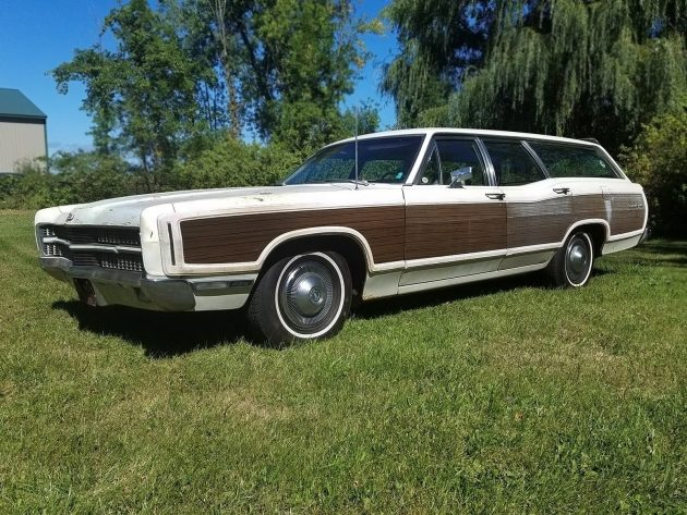 102316-barn-finds-1969-ford-country-squire-wagon-1