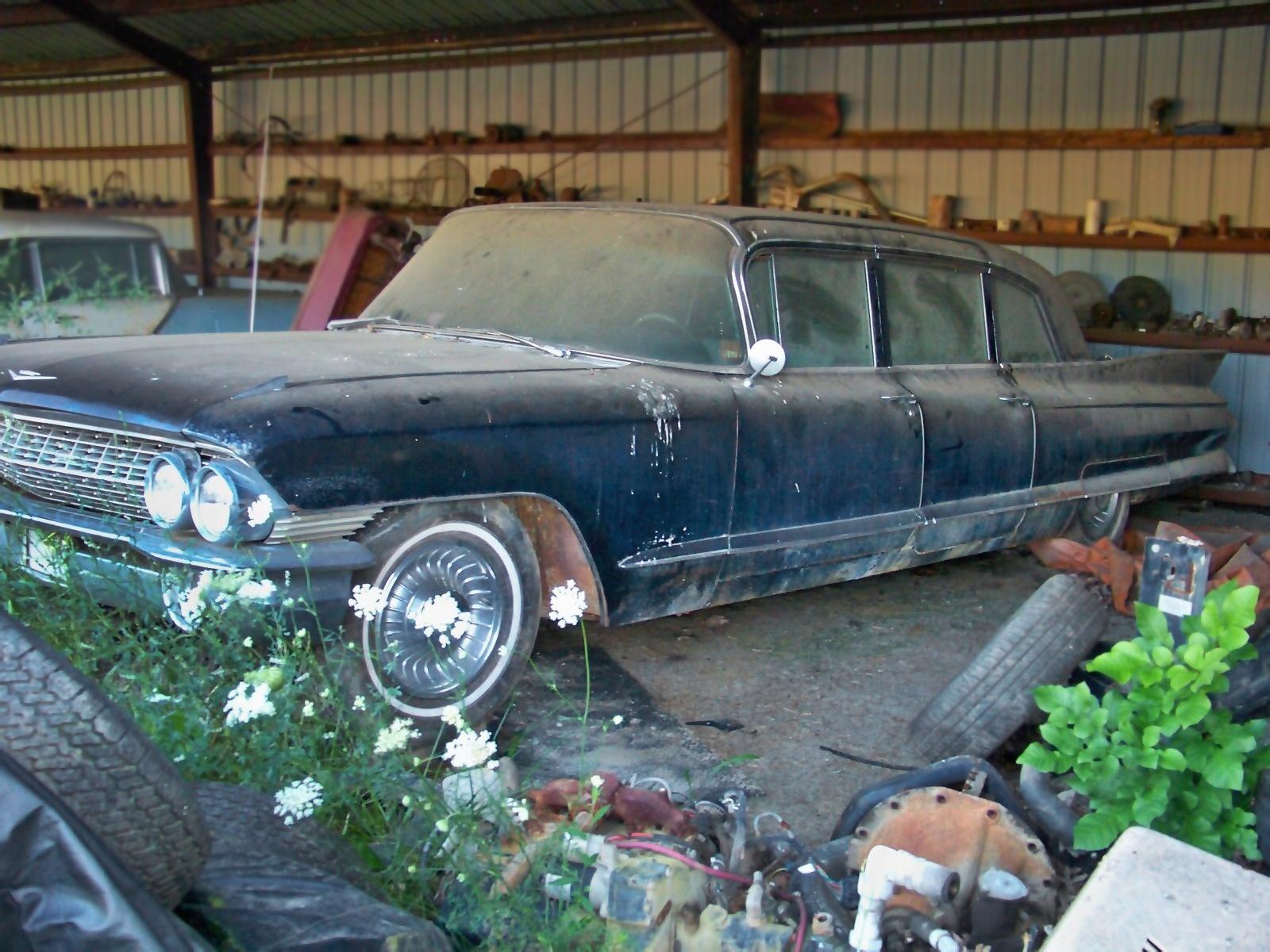 Kentucky Limo: 1961 Cadillac Fleetwood 75