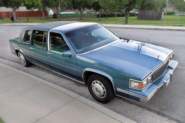 $3,995 Limo: 1986 Cadillac Fleetwood 75
